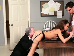 beauty taking dong from both ends in psycho porn