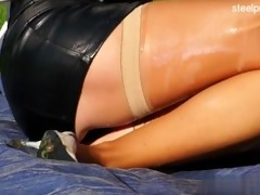 wet daughter anal