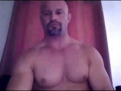 str8 dad shows off that muscular bod and cock